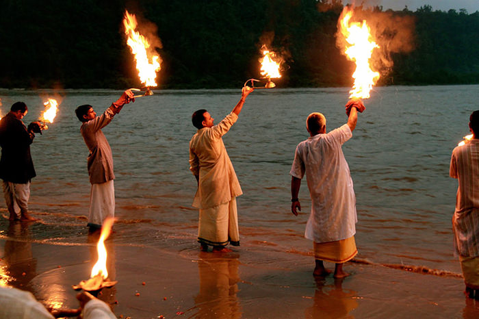 Places to see in Rishikesh