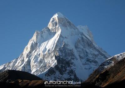 मैं हिमालय यूँ मूक खड़ा
